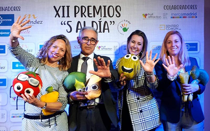 """Nuestros amigos de """"La Pandi"""" recogen un premio"""